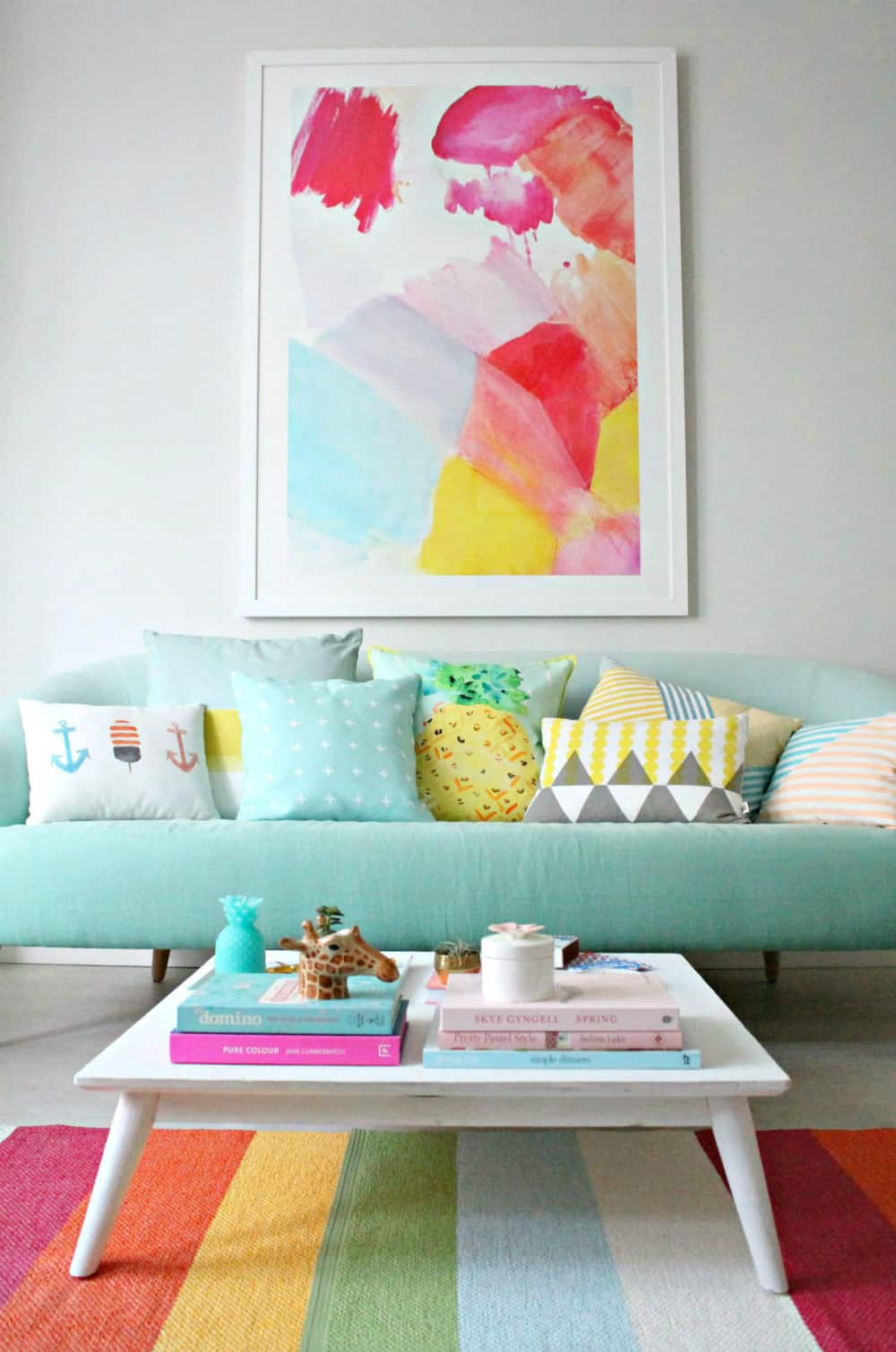 Turn your home into a candy house with pastel colors for Decorate my living room
