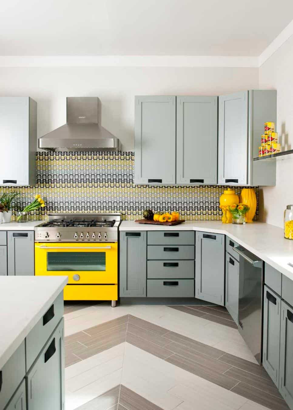 Eye-catchy modern kitchen backsplash by Denise McGaha