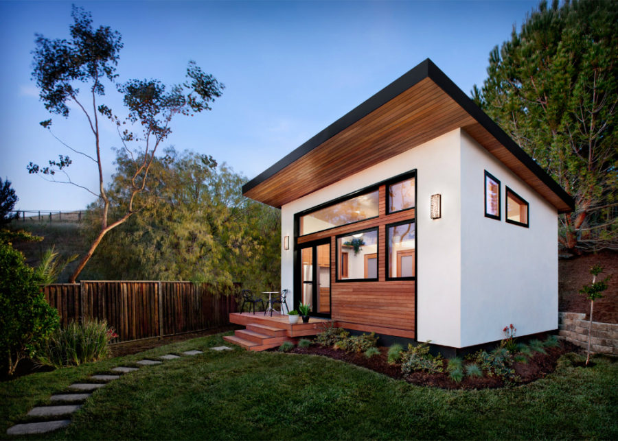 Flat-pack house by Avava Systems