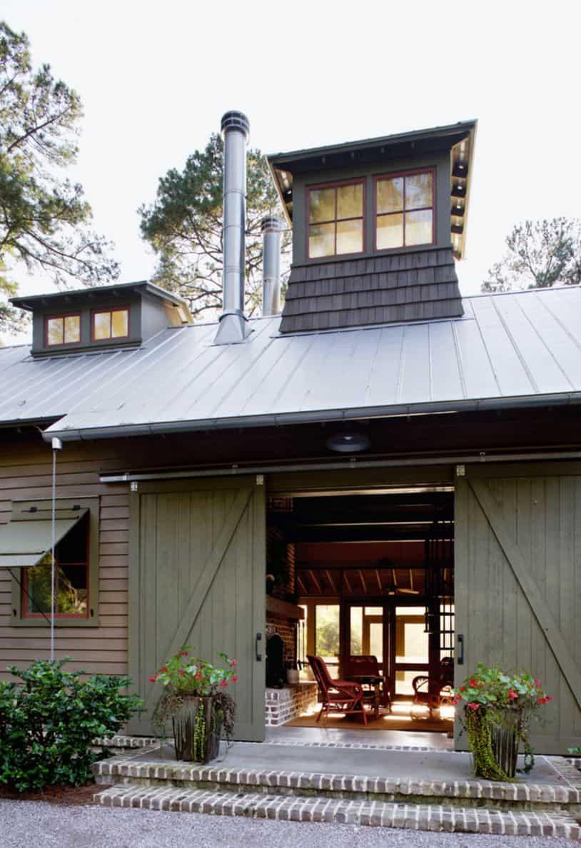 Green barn doors open