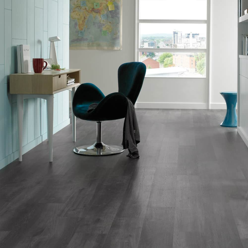 Karndean Design Flooring Ebony wood look tiles
