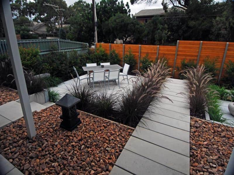Easy and cool landscape ideas for Low maintenance lawn design