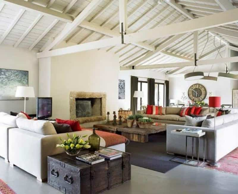 Modern and rustic mix in a Portugese apartment. Rustic Modern Decor for Country Spirited Sophisticates