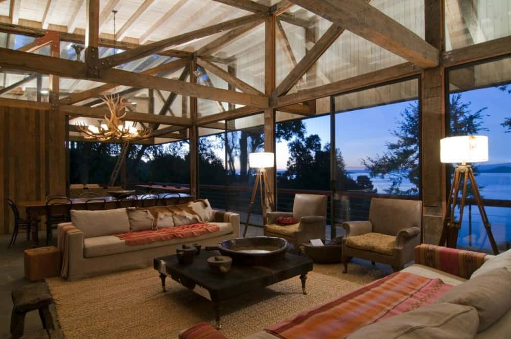 Ranco House in Chile with rustic modern decor