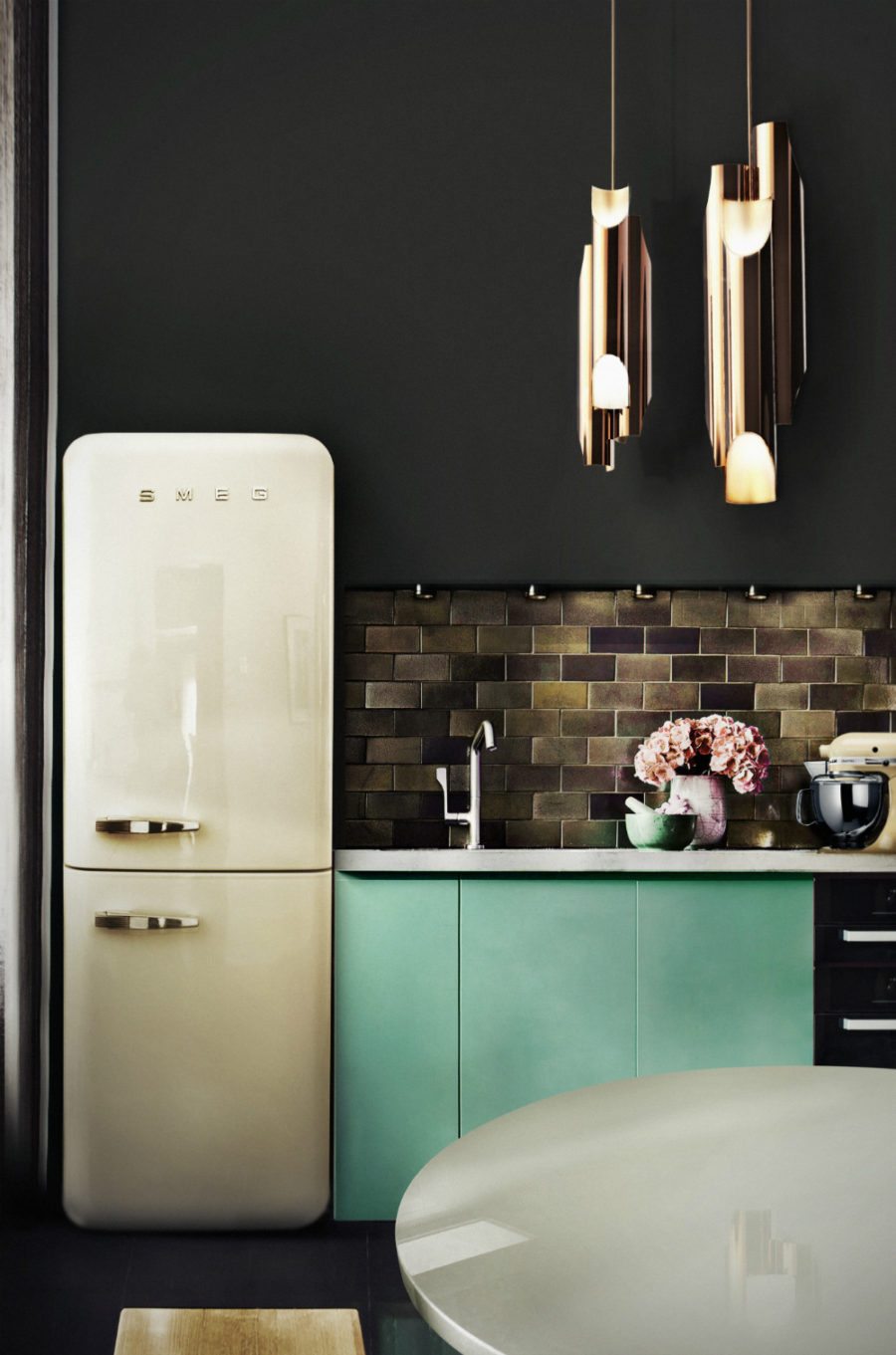Sophisticated kitchen with a retro touch