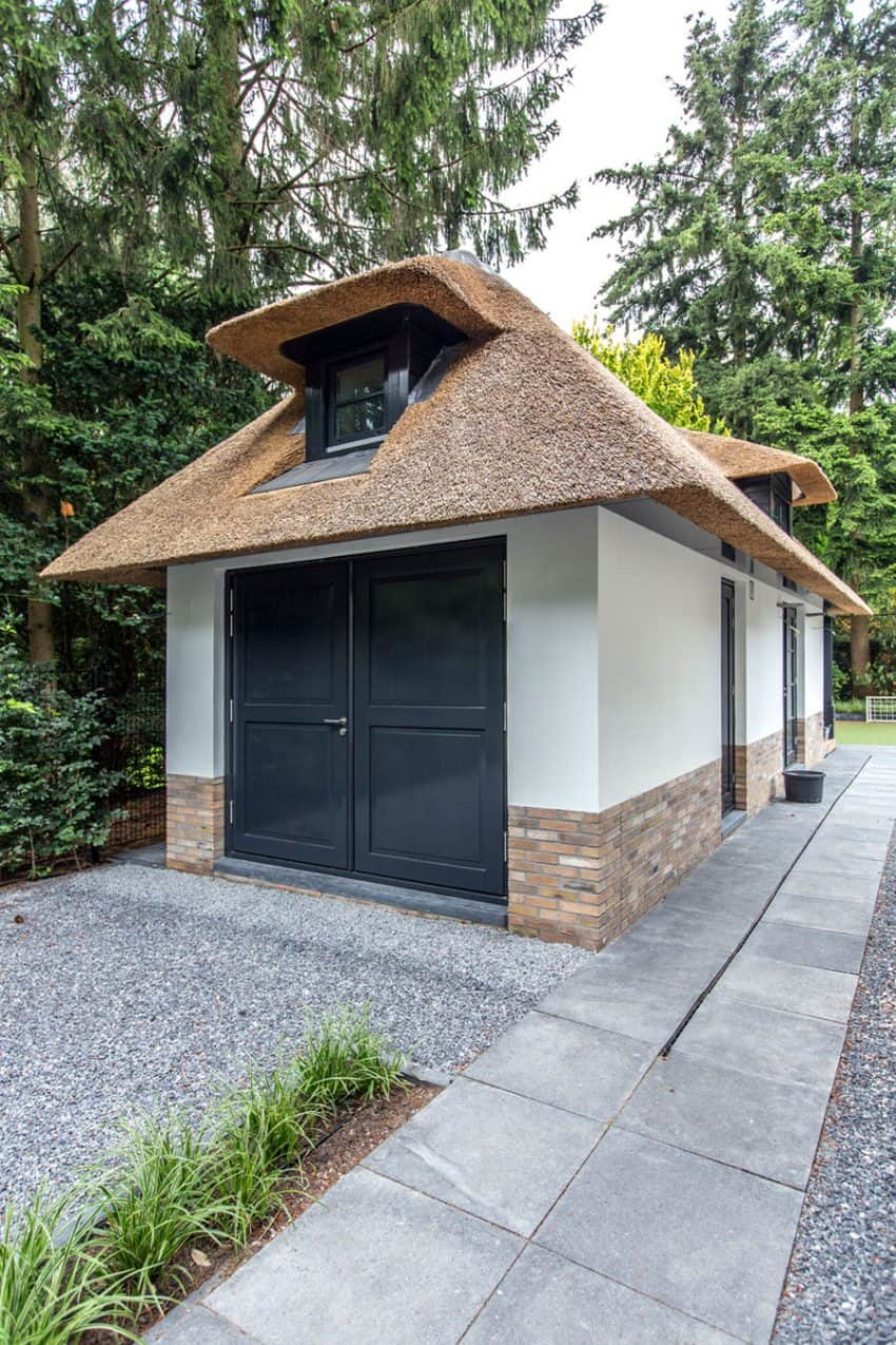 Villa addition shares the same style and aesthetic of the main building