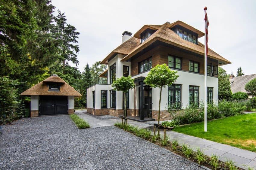 Villa in Naarden forest