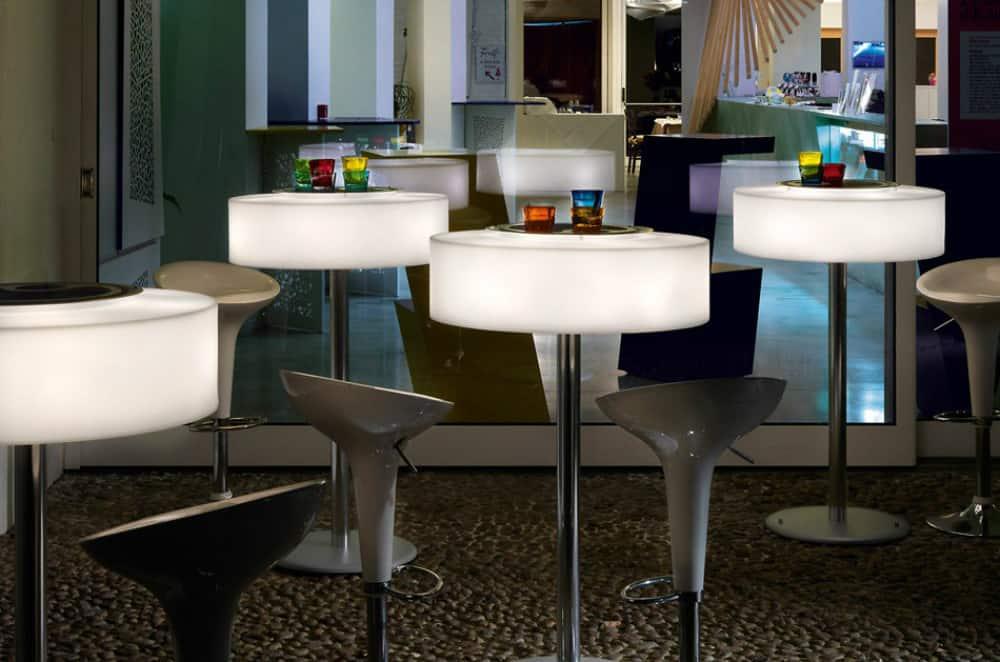 Atollo bar table