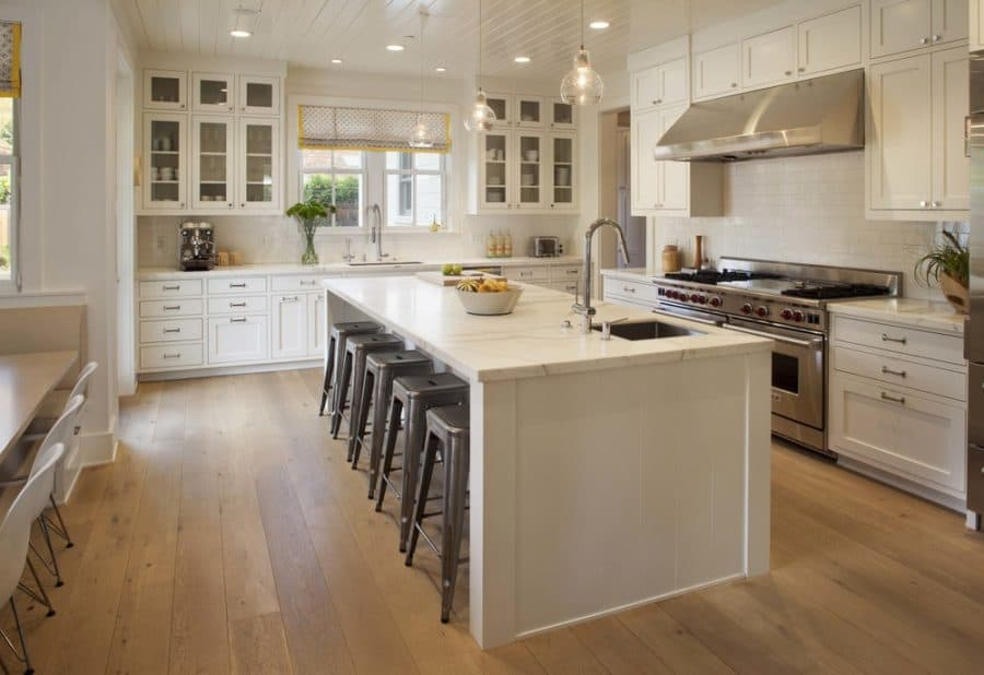 Beautiful creamy kitchen design
