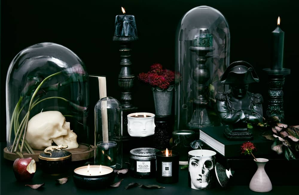 black-candle-halloween-table-decorations