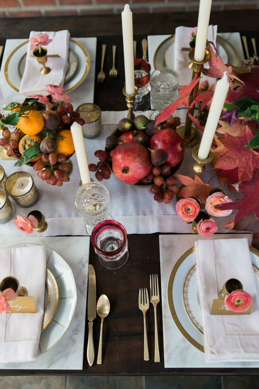 Colorful fall table decor