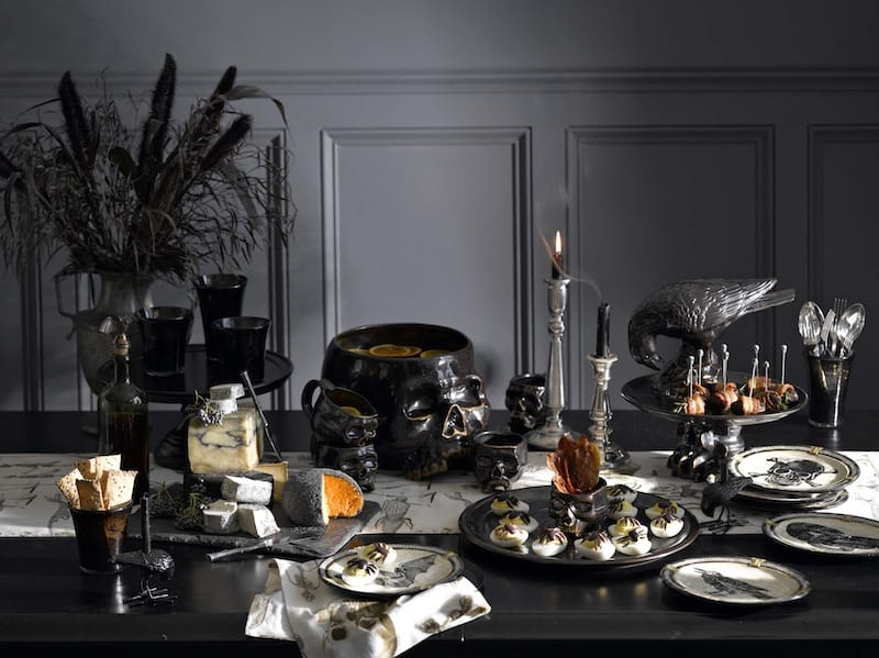 Contemporary Halloween tablescape