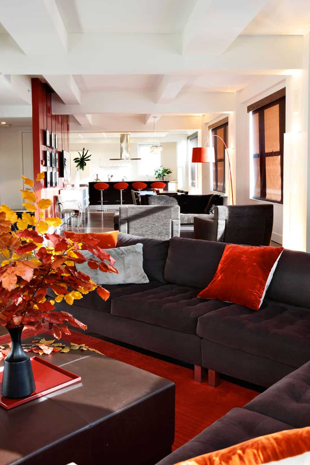 Contemporary living room in fall decor