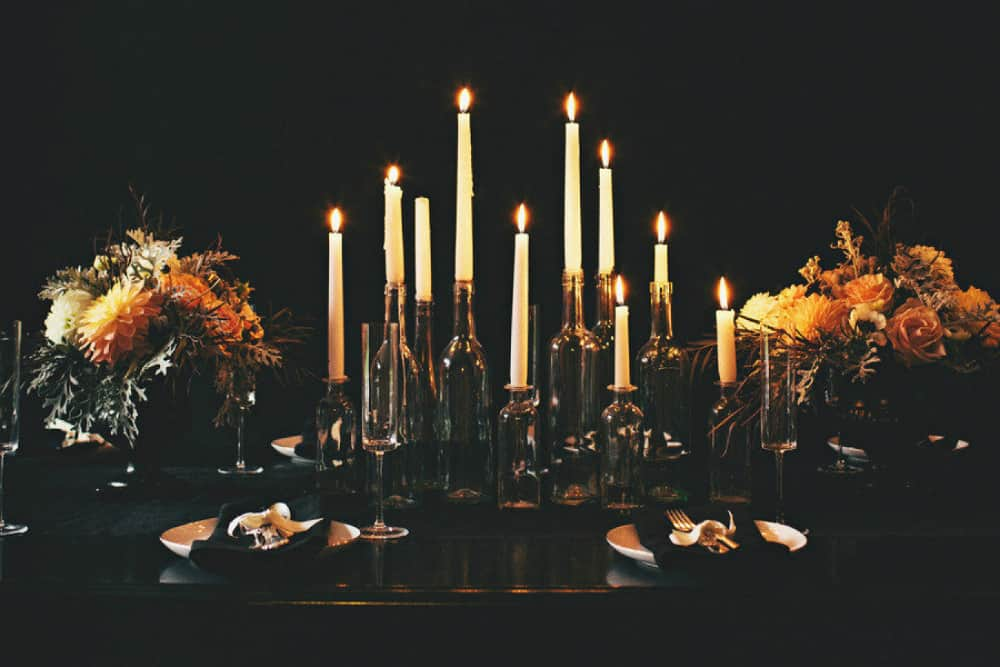 elegant-halloween-table