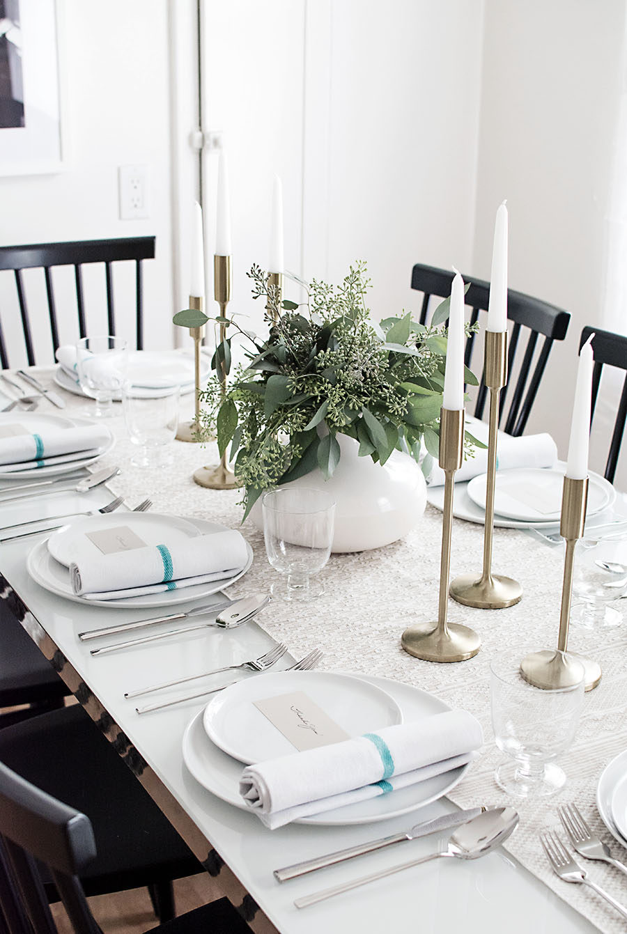 Elegant Thanksgiving table