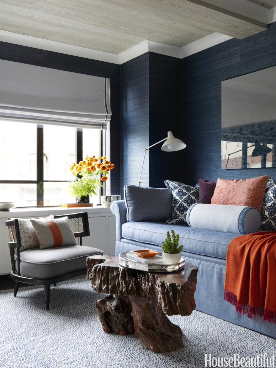 Fall accents in living room decor