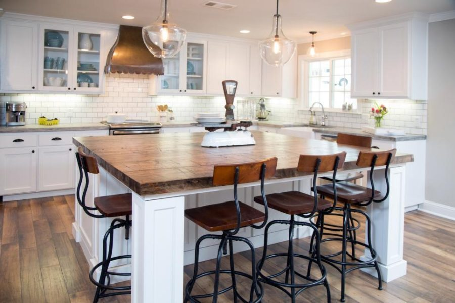 Farmhouse kitchen design with industrial chairs