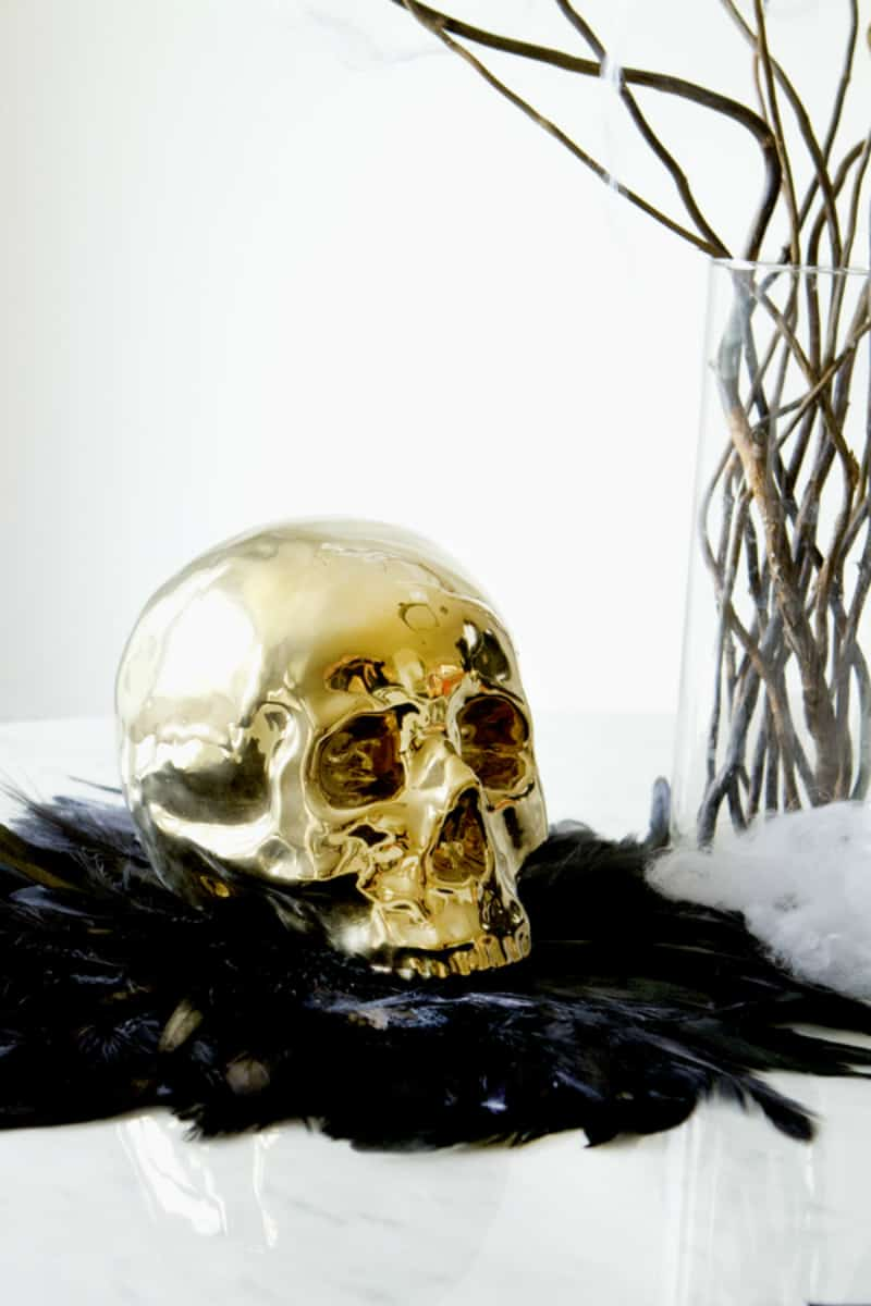 golden-skull-for-glam-halloween-decor
