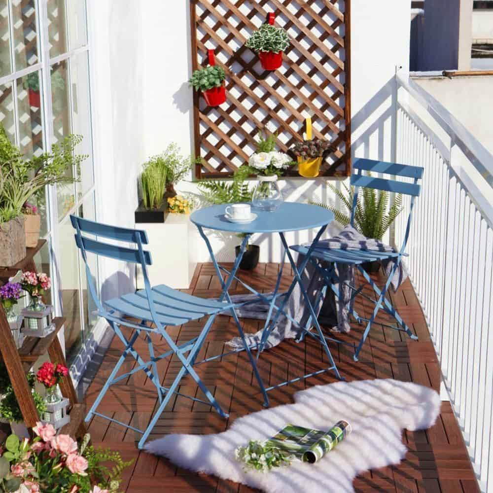 Balcony chair and table design ideas for urban outdoors for Outside balcony furniture