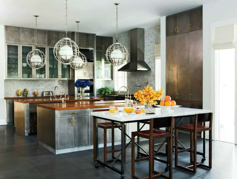 industrial-chic-kitchen-decorated-for-fall
