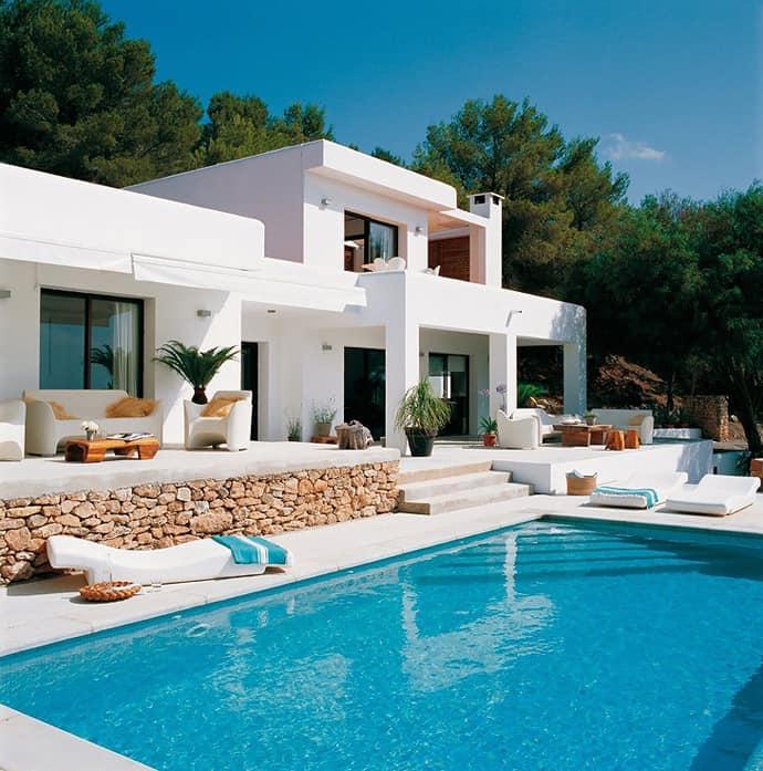 Mediterranean-style pool house
