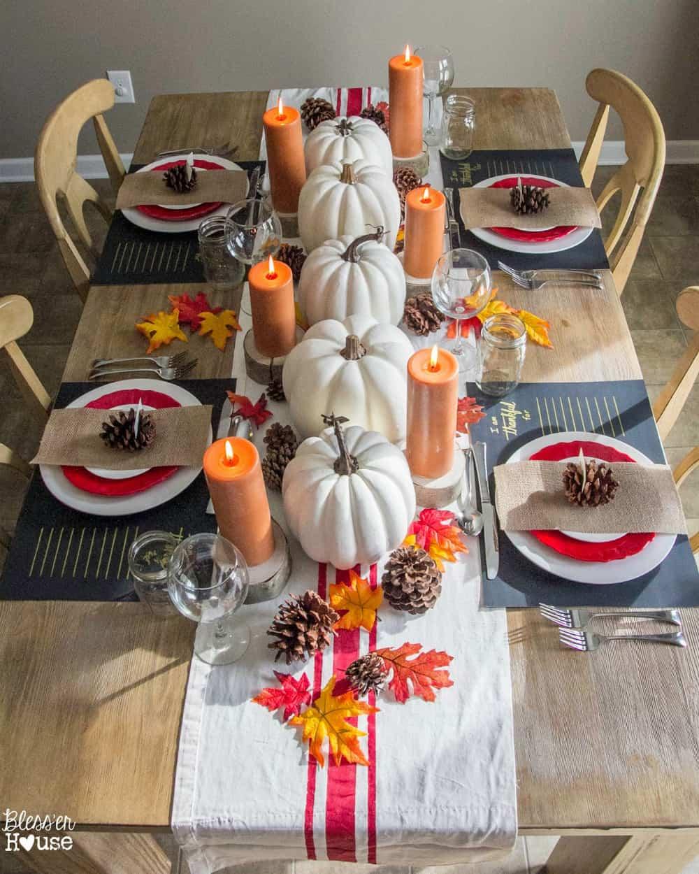 modernist-thanksgiving-table-decor