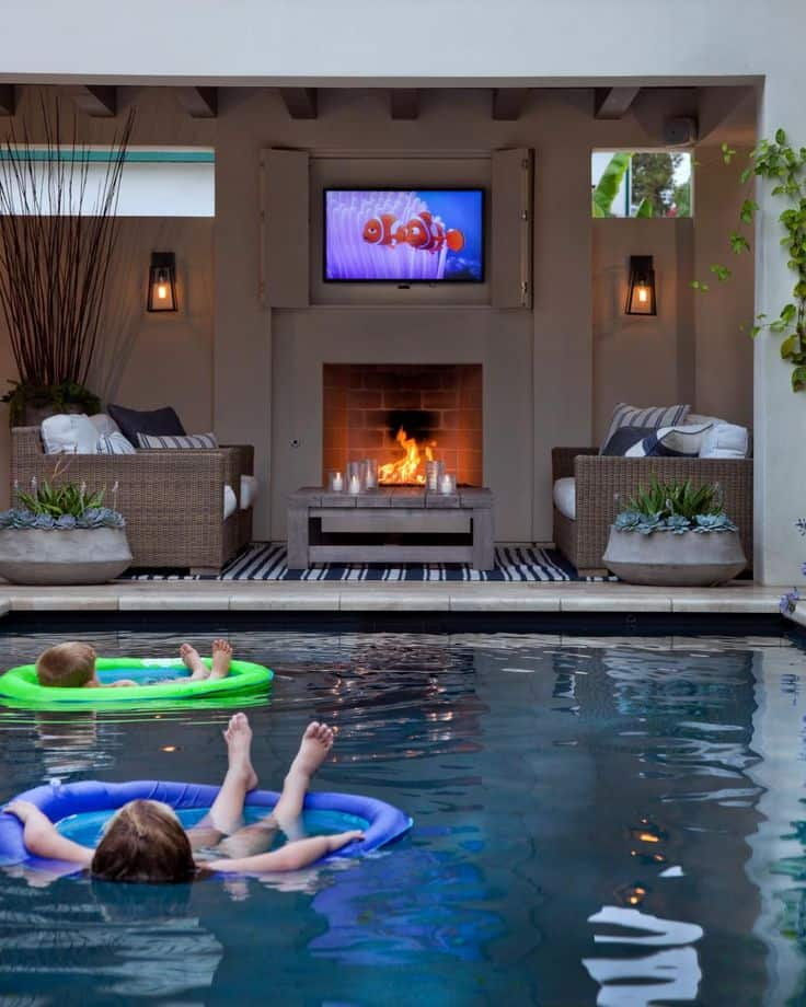 Pool house with TV for lazy summer days