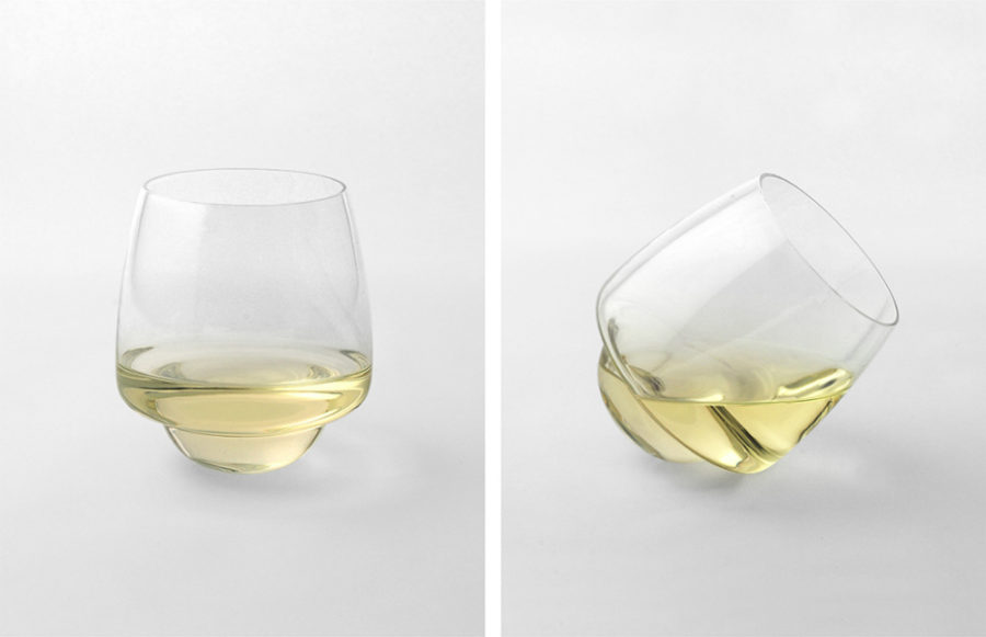 Saturn white wine glass 900x581 5 Stemless Drinking Glasses for Your Chic Home Bar