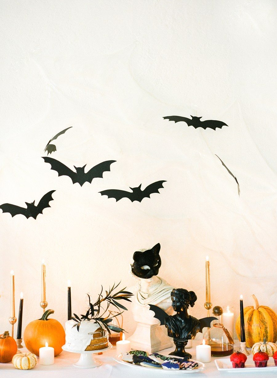 Simple Halloween table display