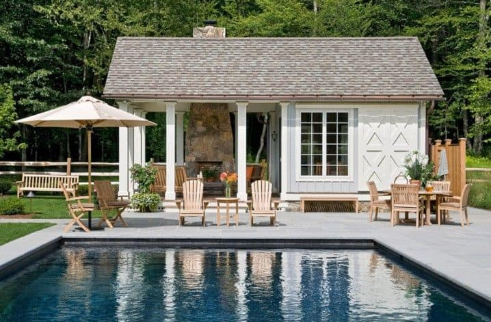 Small design both quait and welcoming for summer
