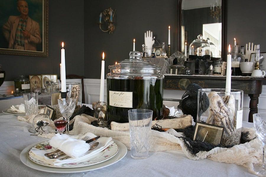 spooky-dinner-setting