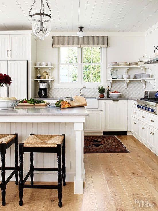 36 modern farmhouse kitchens that fuse two styles perfectly for Farmhouse double wide