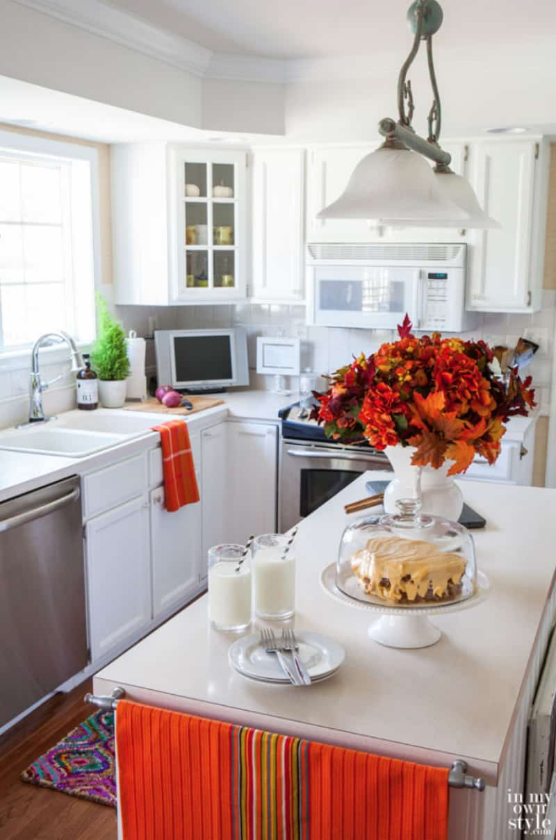 White kitchen colored fall