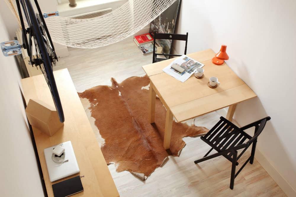 13-square-meter apartment by Szymon Hanczar