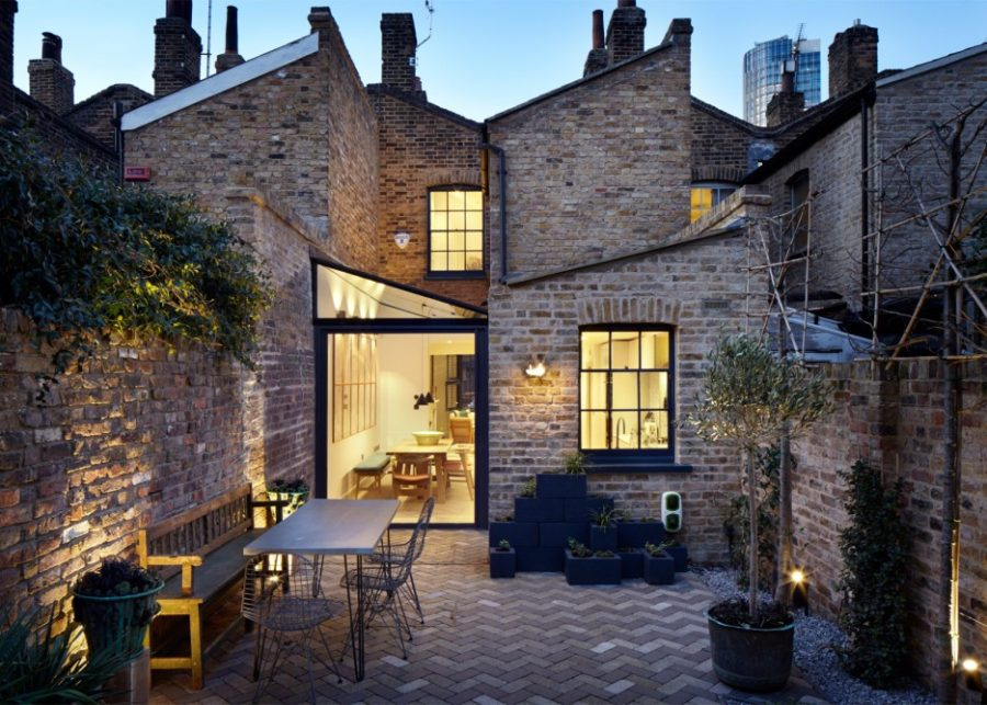 19th-century house backyard extension
