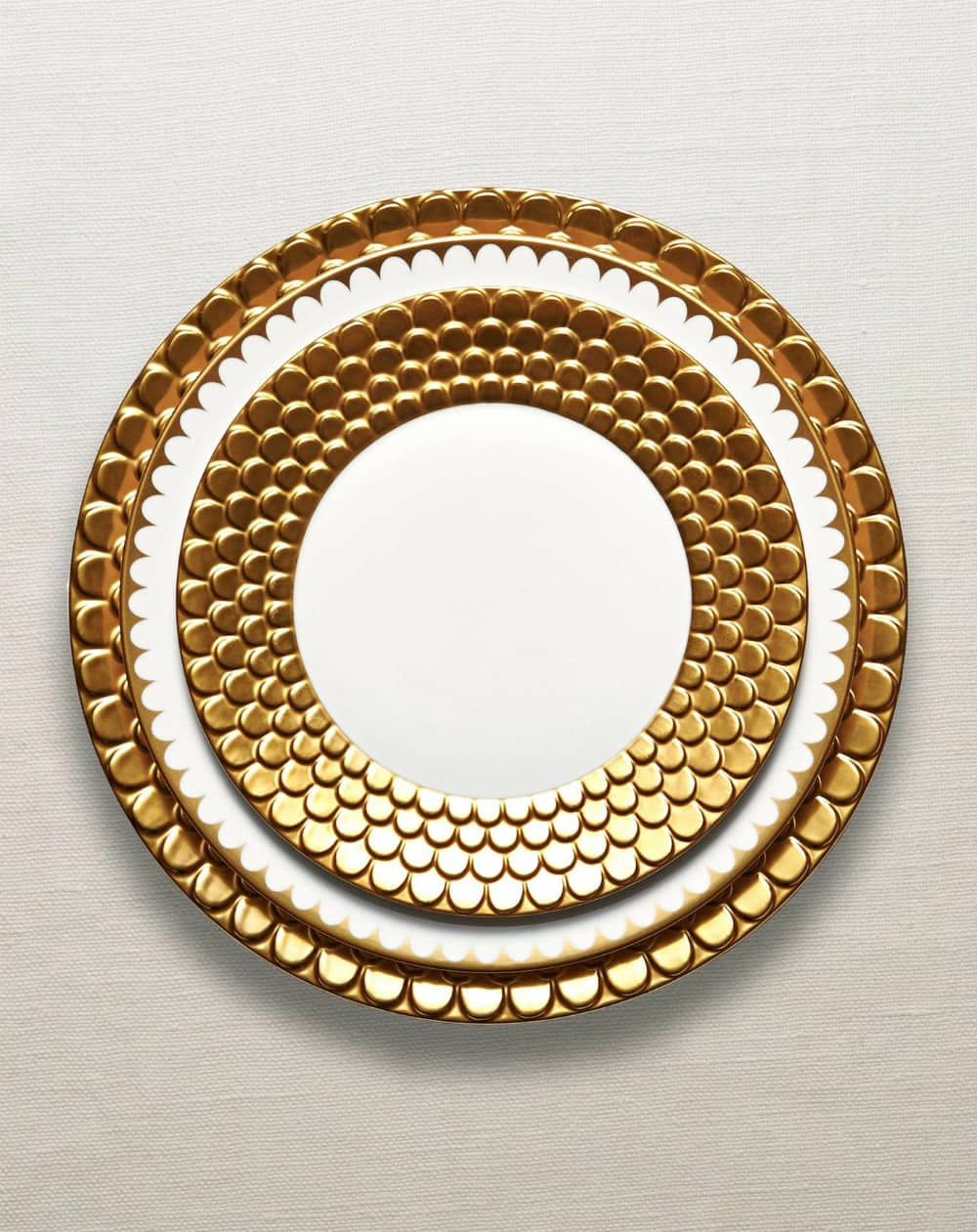 Aegean gold dinnerware collection