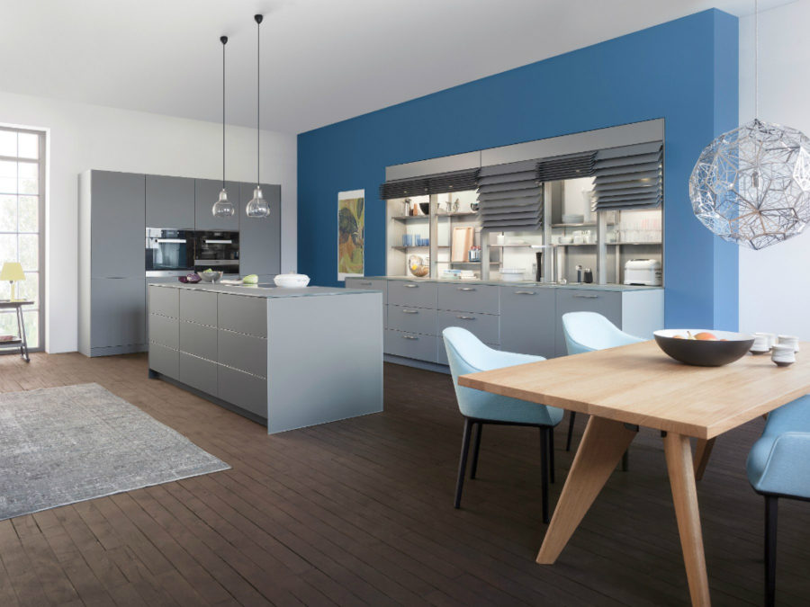 Classic FS IOS M Leicht Küche 900x675 Contemporary Leicht Kitchen Features Cabinet Shutters