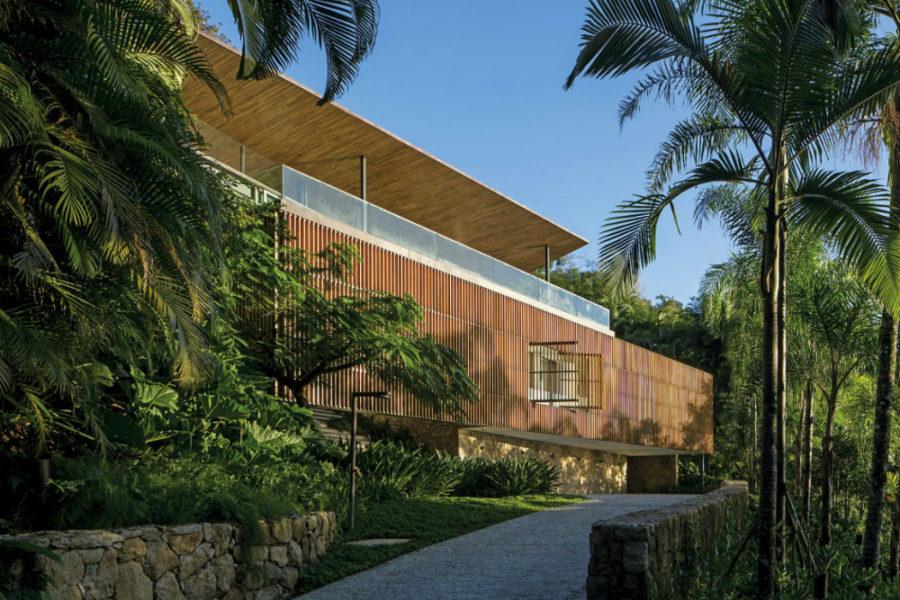 Delta House by Bernardes Arquitetura