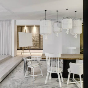 White Apartment in Kiev Makes a Case for Monochromatic Design