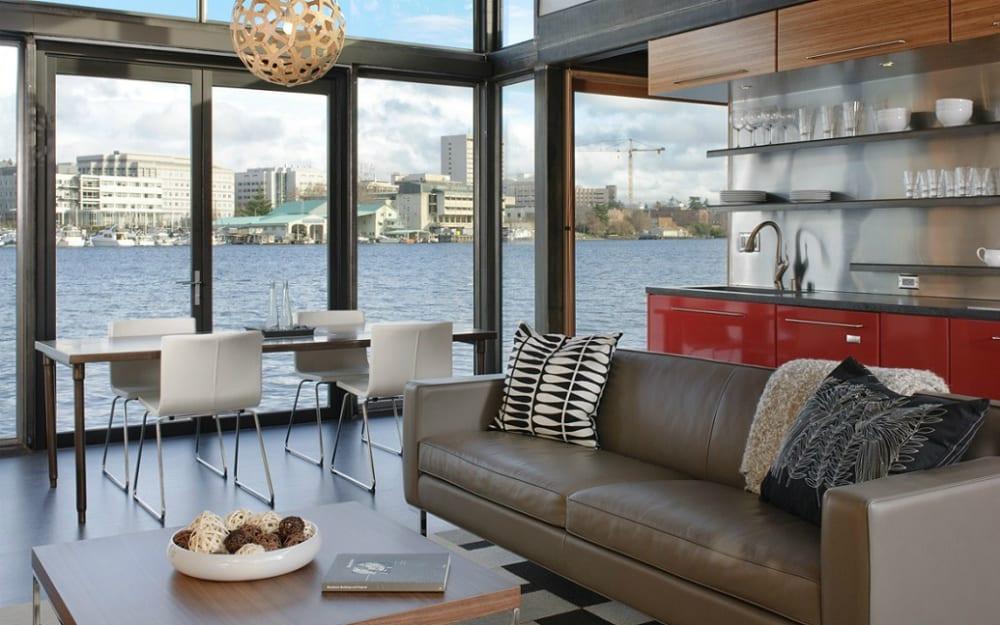 Floating house living