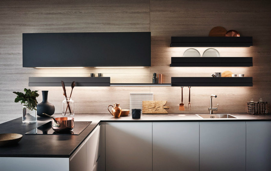 Floating shelves in lieu of cabinets 900x568 Lacquered Melamine Kitchen from Cesar Arredamenti