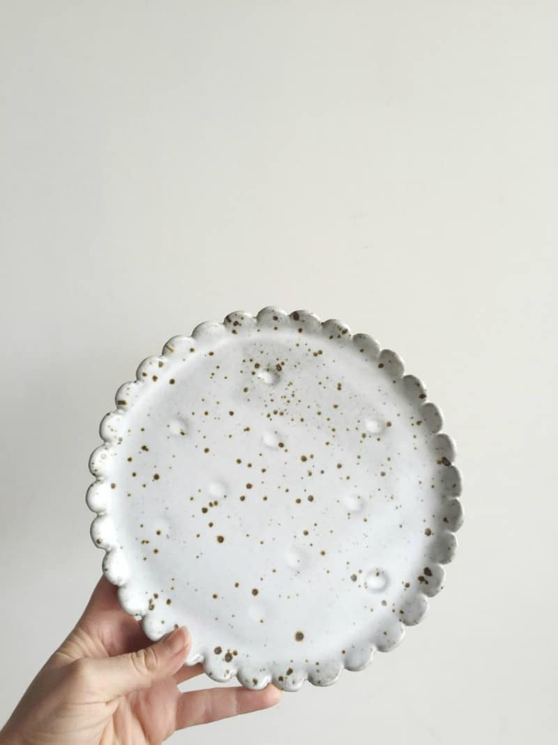 Flower Plate White Speckle