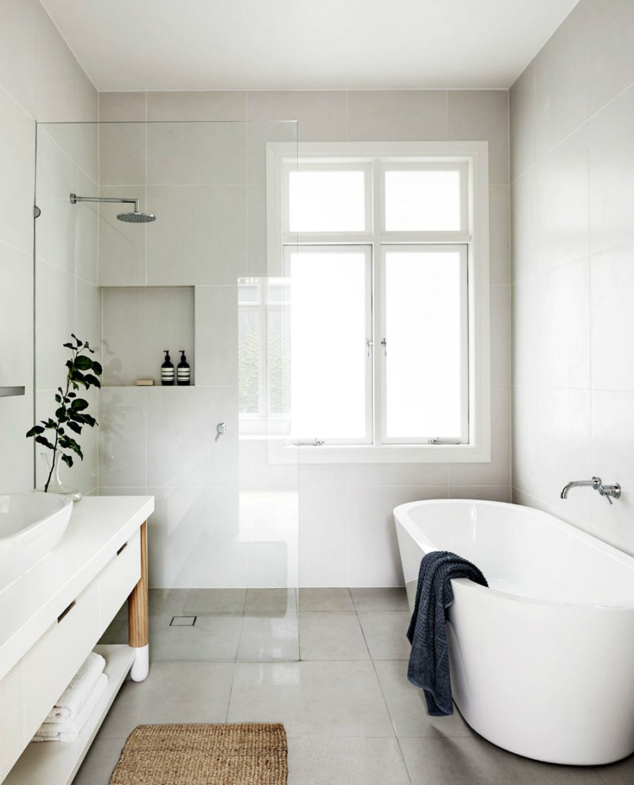 Merveilleux ... Neutral Small Bath 900x1115 These Small Bathrooms Will Give You  Remodeling Ideas