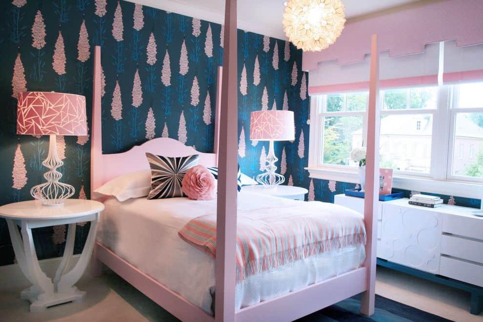 Pink bedroom accents