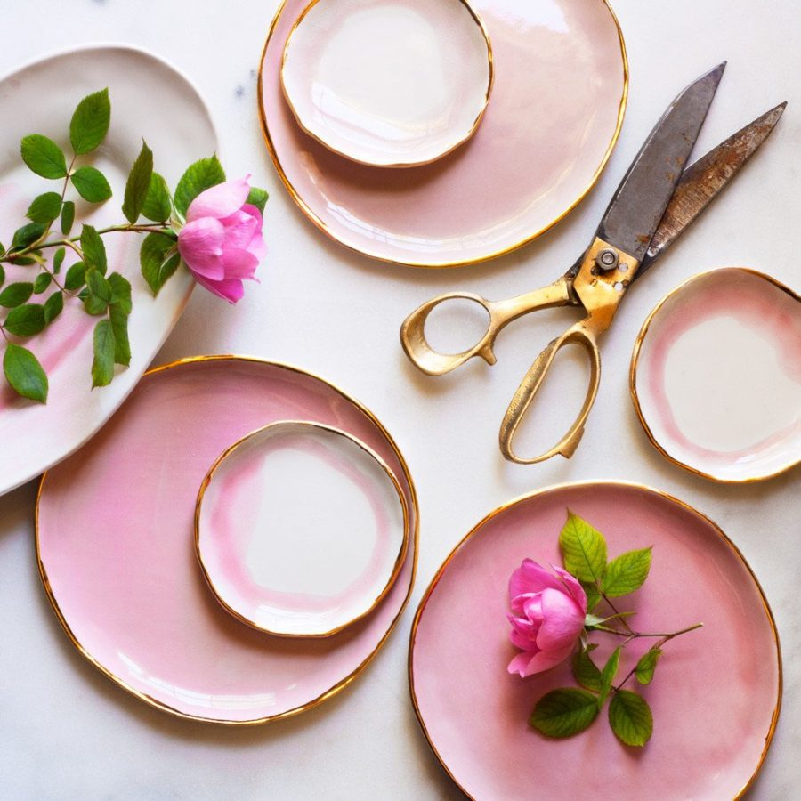 Pink ring plate