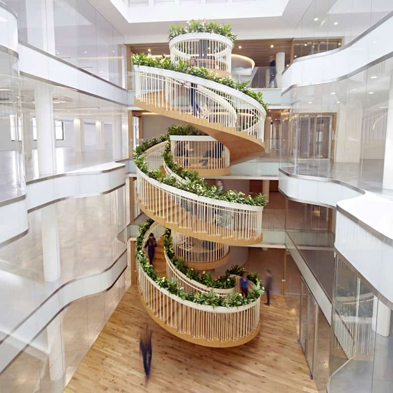 Relaxation zone of a spiral staircase
