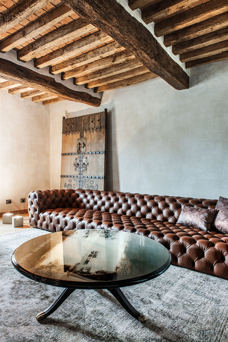 This Rustic Modern Home In Italy Is Impossibly Luxurious