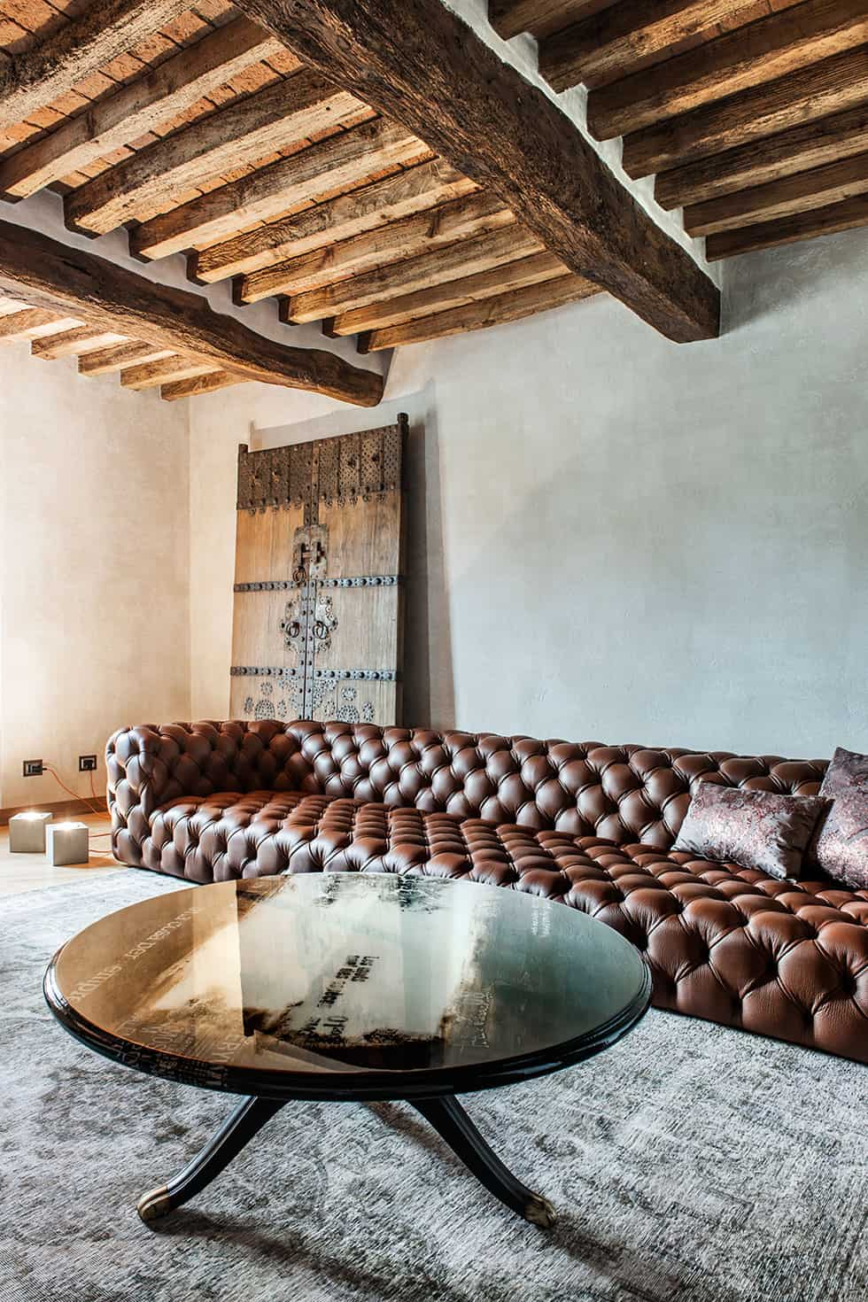 Rustic modern home in Crema, Italy