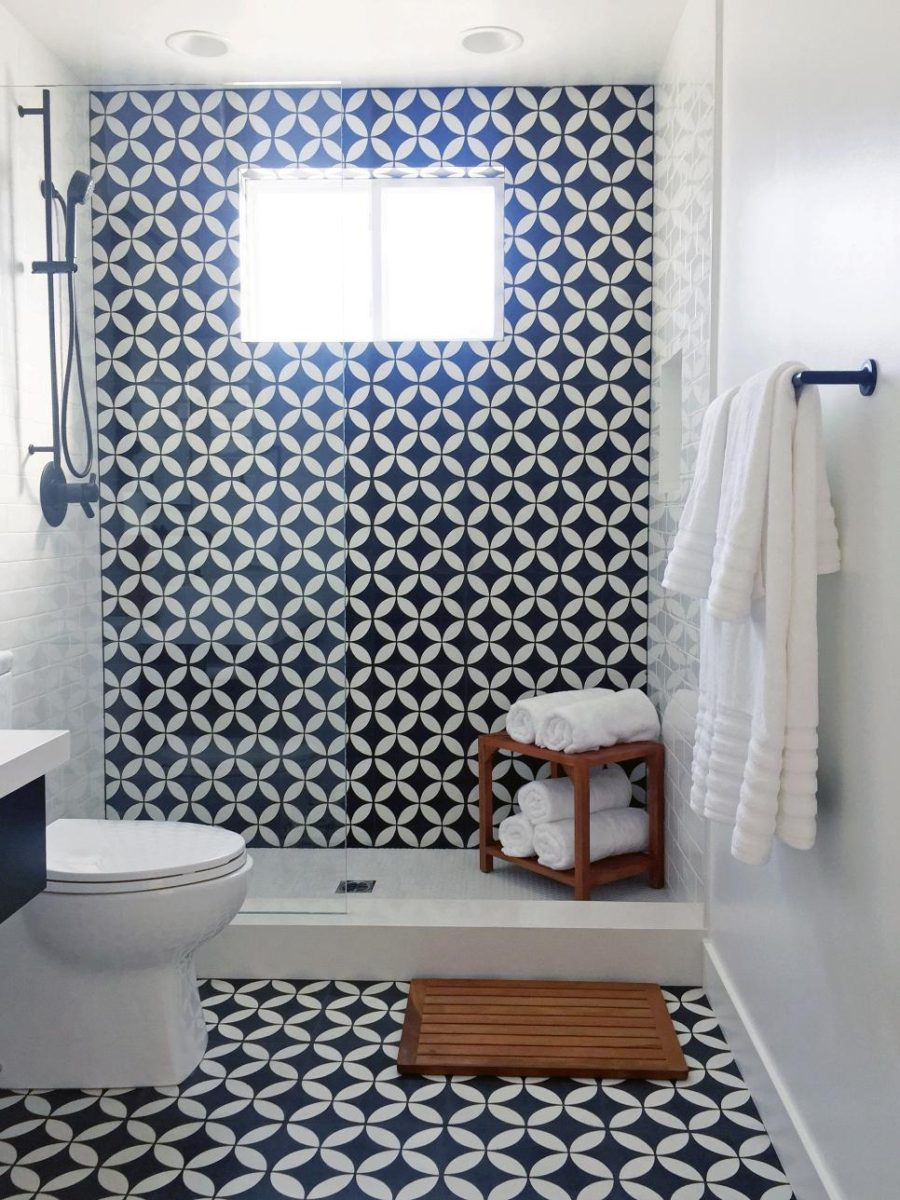 Tiled bath by Lindye Galloway