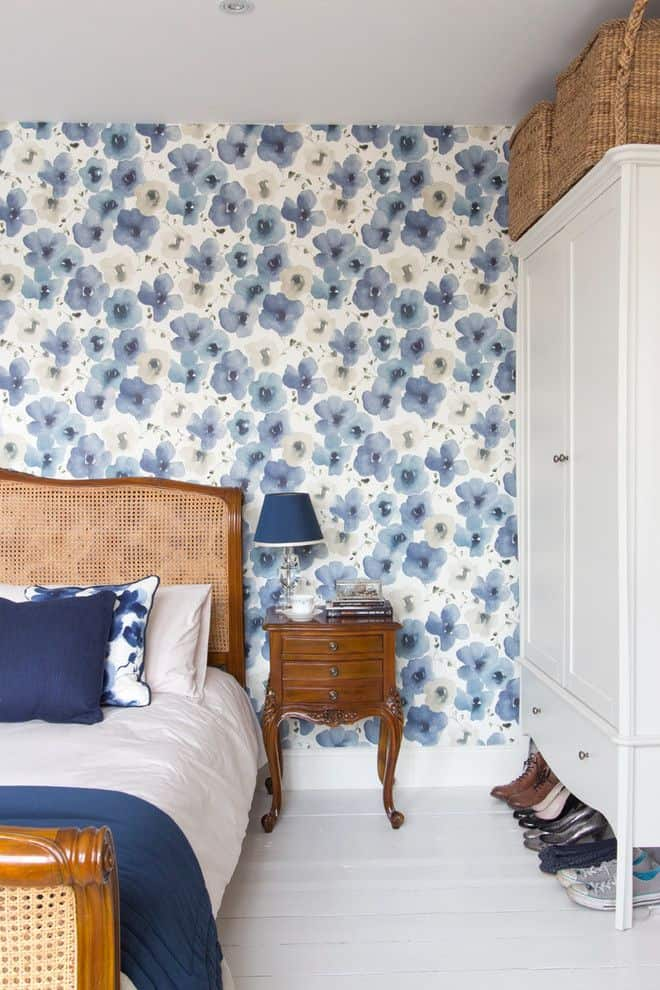 Fabulous wallpaper designs to transform any bedroom for Blue and white bedroom wallpaper